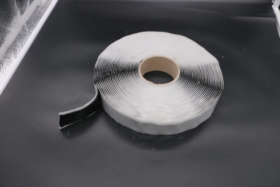 Double Sided Adhesive Butyl Sealant Tape Round Type For Sealing Perimeter Flashing